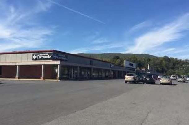 Greater Lewistown Plaza
